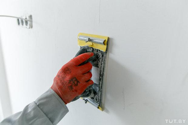 как шкурить стенки без пыли